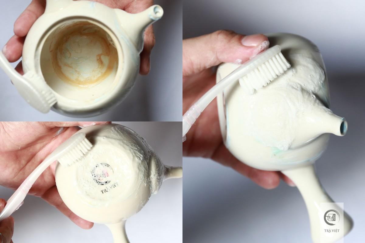 Bật mí cho chị em nội trợ mẹo làm sạch bộ ấm chén uống trà bị xỉn màu2