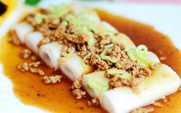 Cong thuc lam Pho cuon sot thit