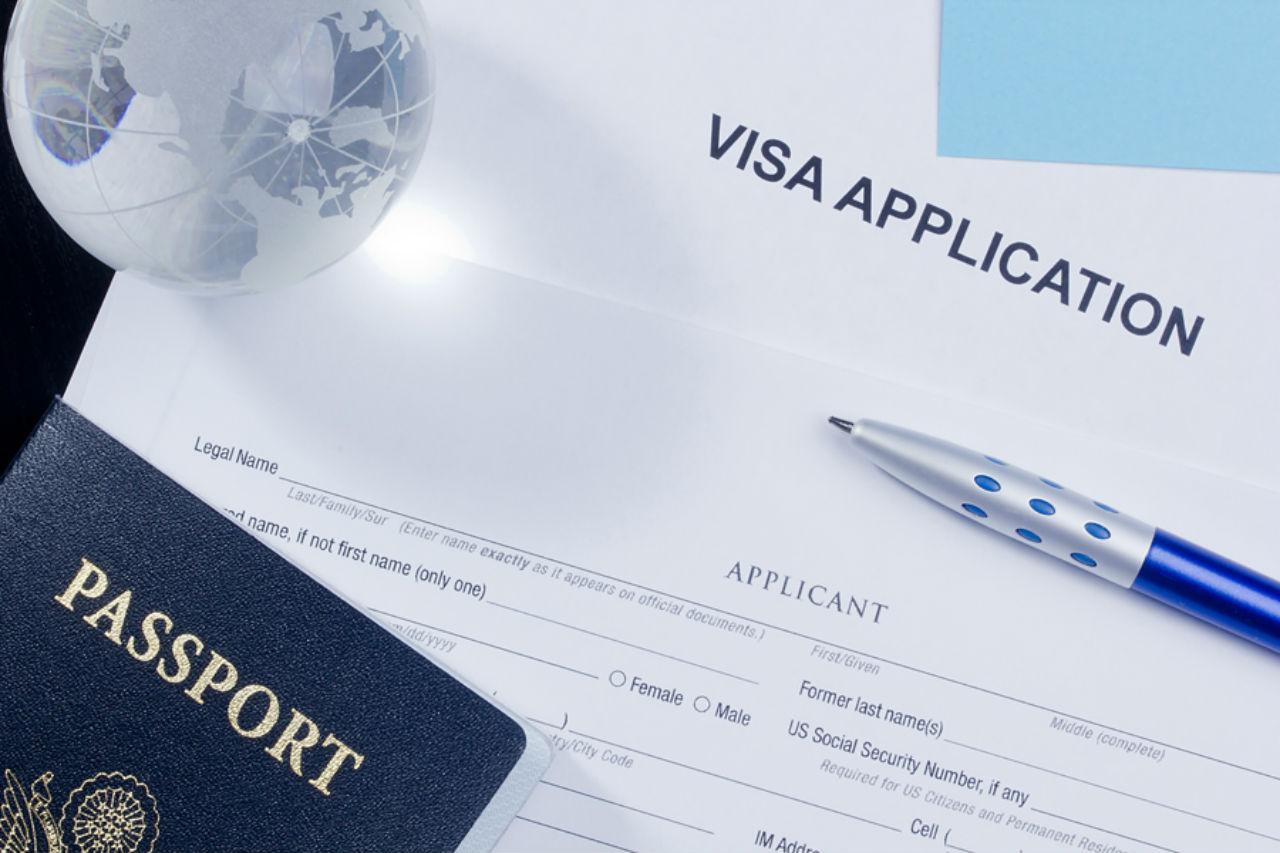 ho-so-xin-visa-du-hoc-thuy-si-2020