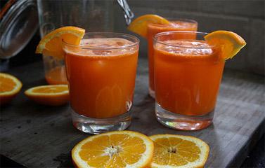 Sinh tố Cà rốt cho cả nhà ngày cá tháng 4