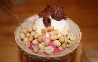 Kem xôi dừa Thái - hương vị mát lạnh đậm đà