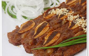 Sườn bò nướng tẩm gia vị Hàn Quốc