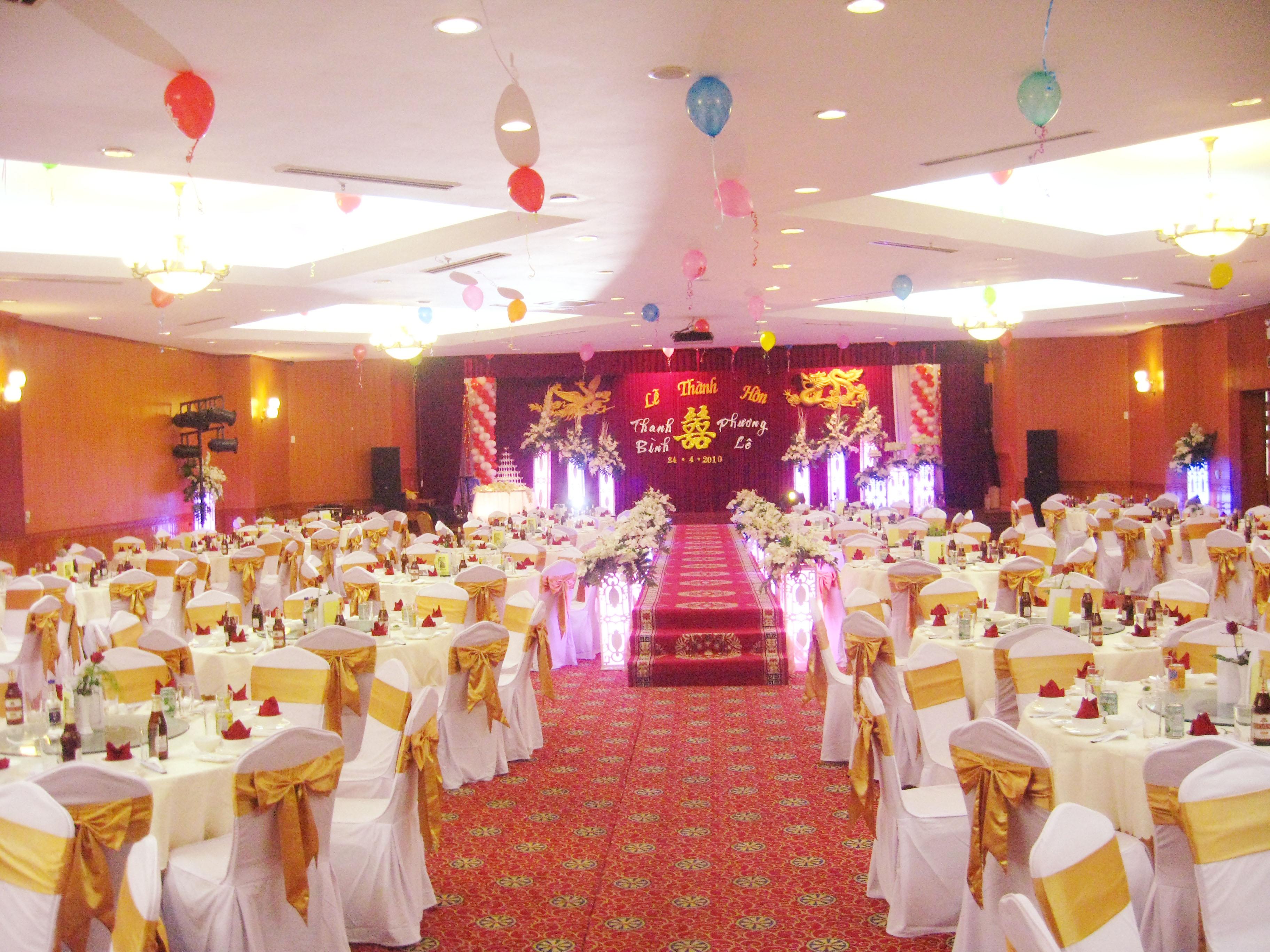 sắp xếp chỗ ngồi, tiệc cưới