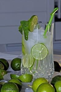 2210267204 82ba939cf7 199x300 Những loại thức uống giúp cơ thể thải độc