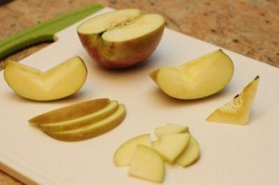 Mê mẩn món salad táo thơm ngon - 2