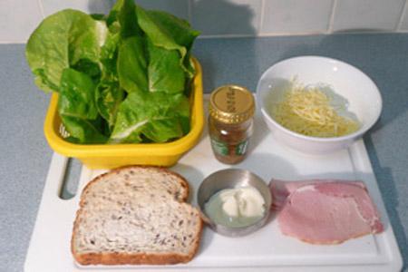 Nấu ăn: Salad Caesar - Món salad nổi tiếng với công thức đơn giản