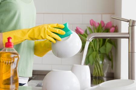 cách rửa chén đĩa