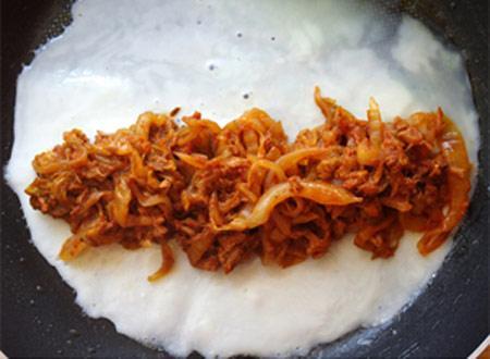 Chua chua, cay cay trứng cuộn kim chi, Ẩm thực, Am thuc, mon ngon, mon ngon de lam, trung ran, kim chi