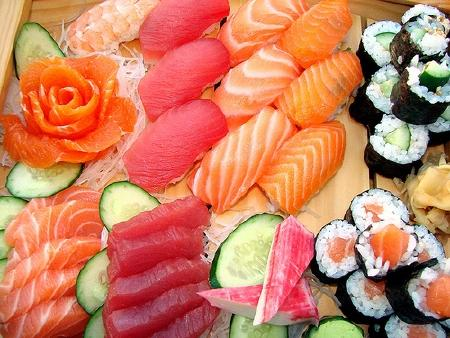 Những món ăn sống trên thế giới
