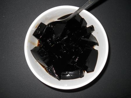 Ngọt ngào chén đường phảnh ăn với nước đường.