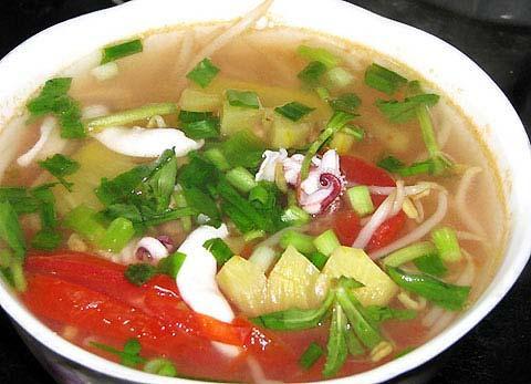 Canh mực nấu dứa, Ẩm thực, canh, mực, dứa, cà chua, hành, giá, chua, thơm