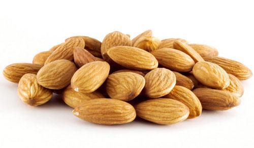 Hạt hạnh nhân có nhiều chất béo tốt bảo vệ cơ thể, chống lại đột quỵ và ung thư