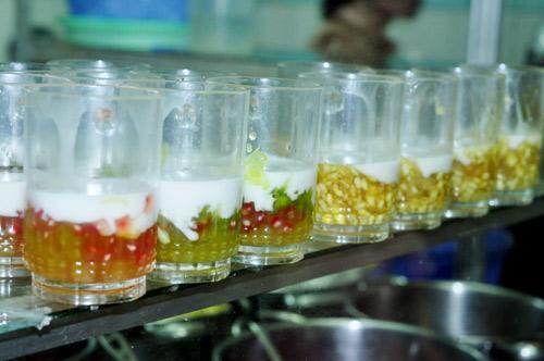 Thưởng thức món ăn vặt miền Nam ở Hà Nội