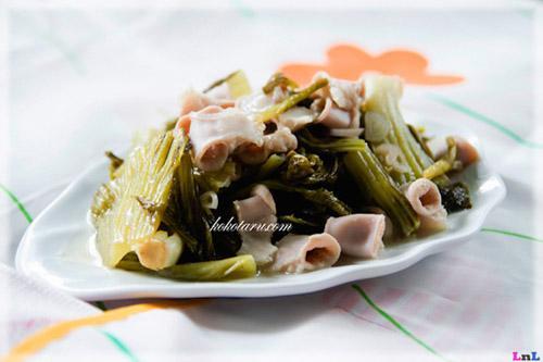 http://az24.vn/hoidap/huong-dan-nau-nhung-mon-ngon-voi-dua-chua-d2891875.html