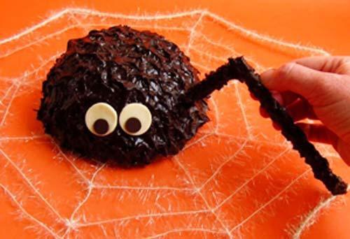 """""""Bánh nhện"""" xù xì cho Halloween đặc biệt, Ẩm thực, am thuc, banh kem, halloween, banh ngot, mon ngon, bao"""