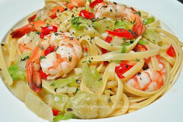 chilli-prawn-linguine-3