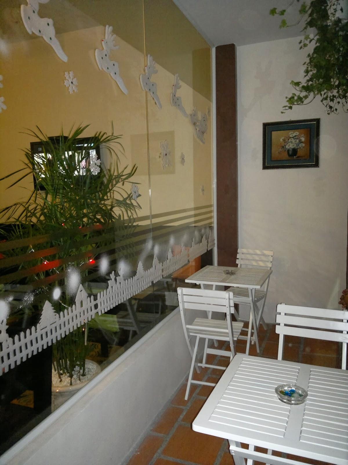 6 quán cà phê lãng mạn cho noel tại Sài Gòn - 6