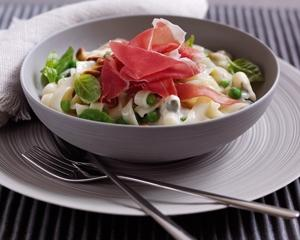 tagliatelle with parma ham Top 10 Most Popular Italian Food in the World