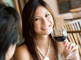 Thanh mảnh nhờ rượu vang đỏ