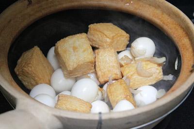 Đậu hũ kho trứng cút3