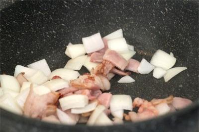 Công thức bò hầm đặc biệt thơm lừng gian bếp 2