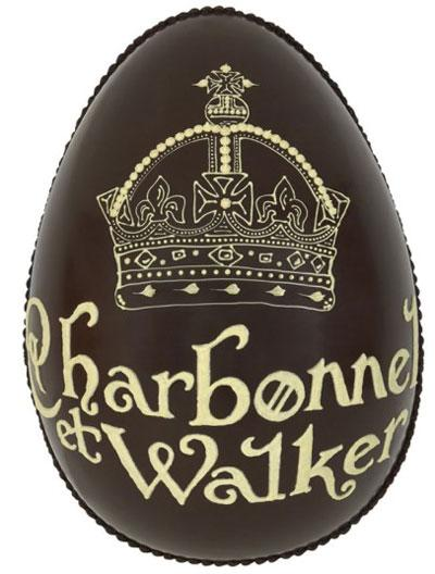 Chocolate hình vương miện Nữ hoàng của hãng Charbonnel et Walker có giá gần 700.000 đồng.