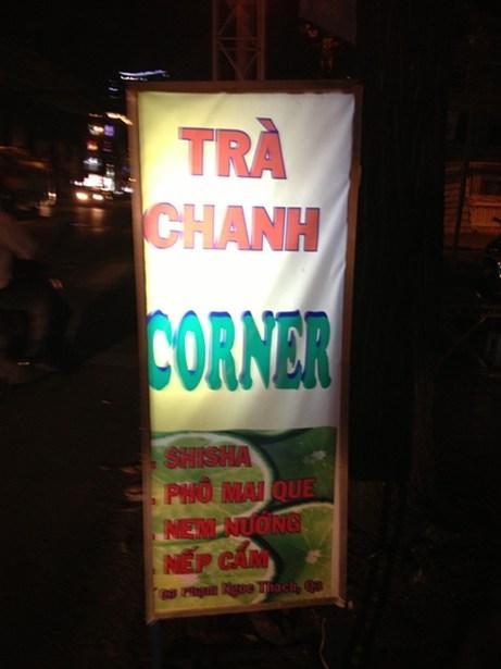 """4 quán trà chanh vỉa hè """"chém gió"""" của sao Việt 4"""