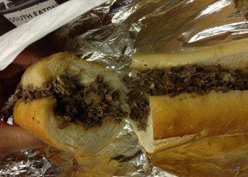 CheeseSteak là một loại bánh mì bò nổi tiếng ở thành phố Philadelphia, bang Pennsylvania. Nhà hàng Pat và Geno là những điểm nổi tiếng của món ăn này. Nhưng bạn cũng có thể ăn món này tại nhà hàng Ishkabibbles hoặc Tony Luke. Loại sandwich này được những quầy hàng bán xúc xích ở Philadelphia sáng tạo nên từ thập niên 1930 gồm có một ổ bánh mỳ được xẻ làm đôi, kẹp một miếng bít tết mỏng nướng vỉ với hành tây và phủ phô mai lên trên. Các loại biến tấu khác có nhân bít tết và nấm, bít tết và ớt chuông xanh, và bít tết với nhiều hành. Phô mai provolone được kẹp vào nhân bánh trước khi cho miếng bít tết nóng vào, phô mai sẽ chảy ra và bao quanh miếng thịt. Một loại khác là miếng sandwich sau khi được kẹp nhân sẽ được phủ một loại phô mai Mỹ màu vàng cam có tên Cheez Whiz lên trên.