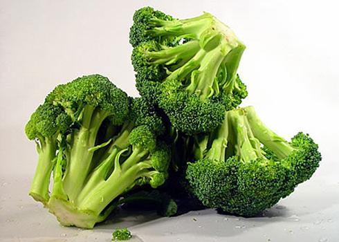 Súp lơ là một trong những loại rau quả có tác dụng ngăn ngừa các chất làm biến đổi tế bào ung thư. Ảnh: Khánh Hòa.