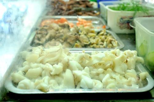Bún hải sản lạ phố Hàng Lược 1