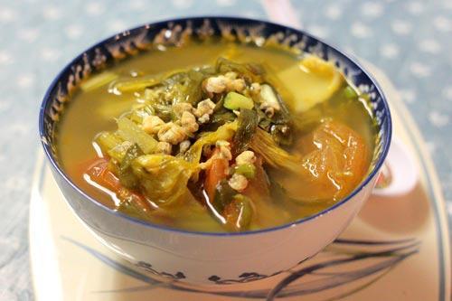 canh hến nấu dưa cải chua 5 - amthuc365.vn