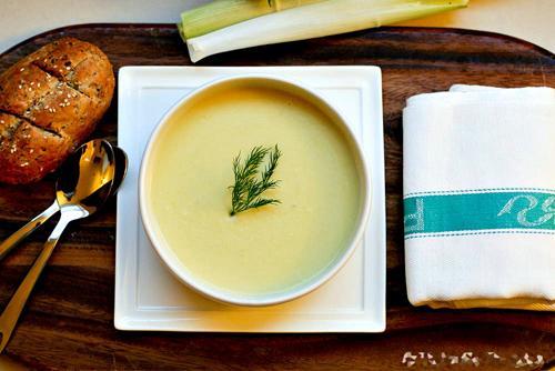 Các món súp cho bé 9 tháng tuổi