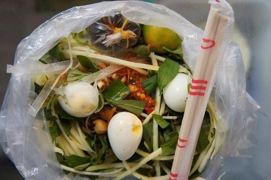 Điểm danh những món ăn vặt tại Sài Gòn 1