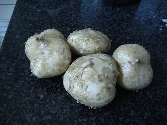 http://gl.amthuc365.vn/uploads/thumbs/news-thumbs/550-413-thuc-don-rau-cho-mon-salad-ngon-bo-duong-b70d.jpg