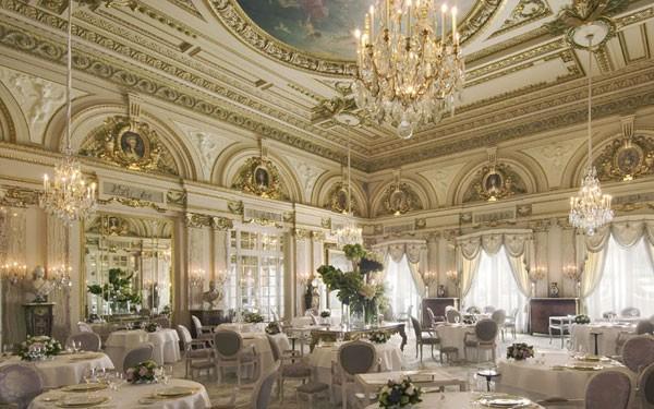 Khám phá 9 nhà hàng sang trọng và lãng mạn bậc nhất thế giới 1