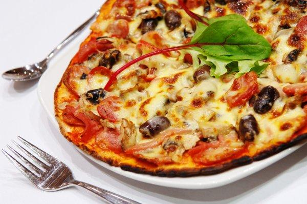 Italian Pizza Top 10 Most Popular Italian Food in the World