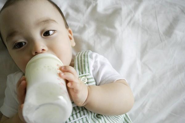 Chế độ ăn khoa học nhất cho trẻ qua các giai đoạn 1