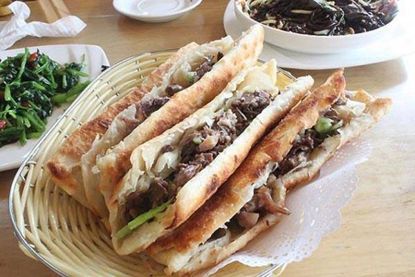 Bánh samwich thịt lừa