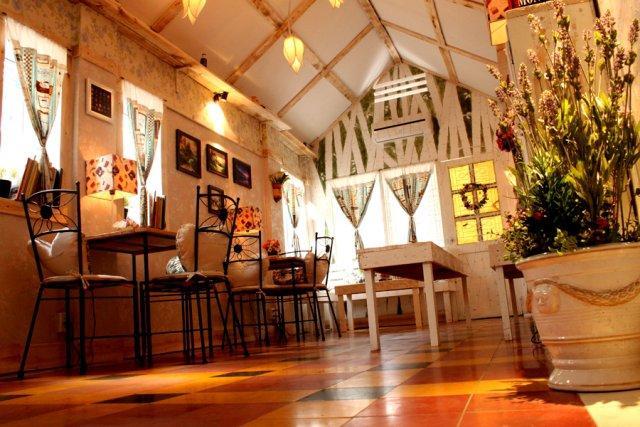 6 quán cà phê lãng mạn cho noel tại Sài Gòn - 3